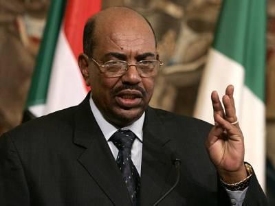 سوڈان کے صدر عمر البشیر جنوبی افریقہ سے واپس خرطوم پہنچ گئے