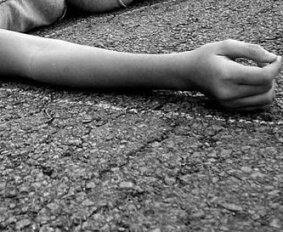 گھریلو جھگڑے پر بیوی کو گلا دبا کر موت کی نیند سلا دیا
