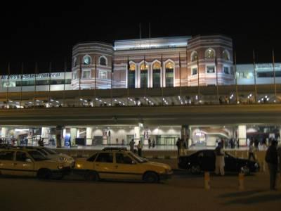ایئرپورٹ کے باہر مسافرلوٹنے والا'پردیسی' گینگ گرفتار