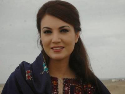 ریحام خان کا مری مال روڈ پر چالان ہو گیا