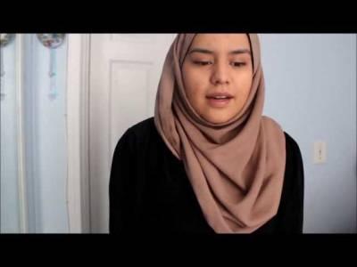 امریکی سکول میں حجاب پہننے والی مسلمان فلسطینی لڑکی کو بہترین لباس پہننے والی طالبہ کا اعزاز مل گیا