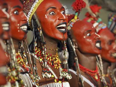 وہ شرمناک میلہ جس میں مرد قبیلے کے دوسرے مردوں کی بیویاں چُراتے ہیں