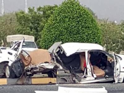 عرب ریاست میں خوفناک حادثہ، 180 کلومیٹر فی گھنٹہ پر سفر کرتی کار 3 افراد کی جان لے گئی لیکن ڈرائیور کی عمر کتنی کم تھی؟ جان کر آپ سوچ بھی نہیں سکتے