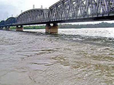 دریائے سندھ میں گڈو بیراج اور لیہ کے مقام پر نچلے درجے کا سیلاب