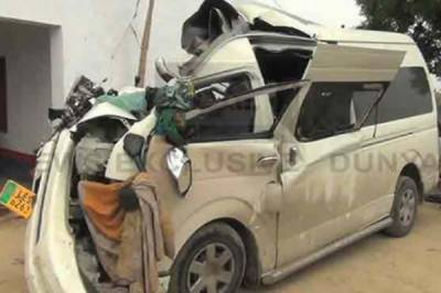 ٹریفک حادثے میں زخمی اداکارہ خوشبو کو ہسپتال سے گھر جانے کی اجازت مل گئی