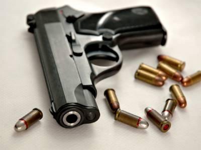 پستول صاف کرنیوالے باپ کی غفلت سے چلنے والی گولی سے پانچ سالہ اسکابیٹاجاں بحق