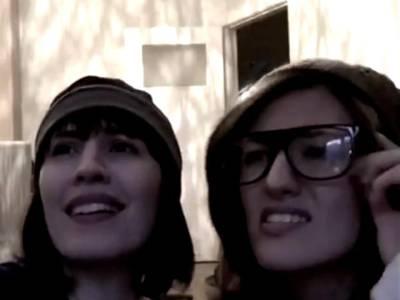 عامر خان کی فلم کے ڈائیلاگز پر 2 جرمن لڑکیوں کی اداکاری نے دھوم مچا دی