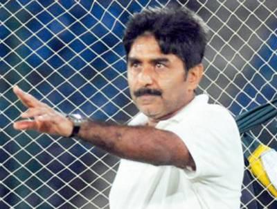 بھارتی پولیس سٹیشن پر حملہ کو جواز بنا کر سیریز منسوخ کرنا بچگانہ رویہ ہے: جاوید میانداد