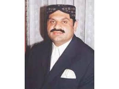 برقعہ پوش چوروں نے سندھ کے وزیرعلی نواز مہر کی گاڑی چوری کرلی