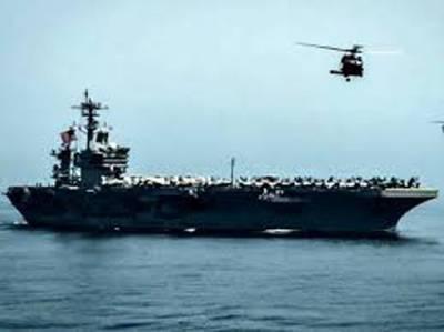 ایرانی بحری جہاز کے اوپر اڑنے والا امریکی ہیلی کاپٹر دھمکی ملنے پر مڑگیا