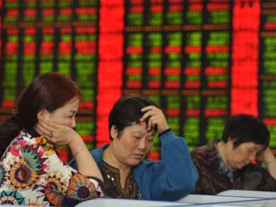 چینی سٹاک مارکیٹ گرنے سے گلوبل سٹاک مارکیٹ میں سرمایہ کاروں کے5ٹریلین ڈالرڈوب گئے