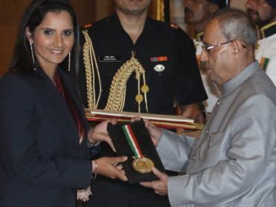 بھارتی ٹینس کوئن ثانیہ مرزا کھیل رتنا ایوارڈ وصول کرلیا