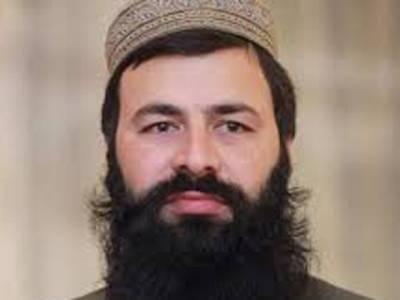 مبارکباد لیتے نو منتخب ضلع ناظم پشاور کی جیب کٹ گئی،نقدی اور قیمتی دستاویزات سے محروم