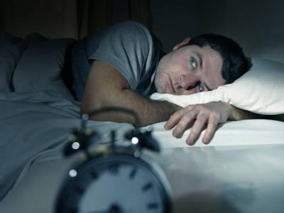 بہتر صحت کیلئے رات کو کس طرح سونا چاہیے؟ تازہ تحقیق جو شائد شادی شدہ افراد کو بے حد پریشان کردے
