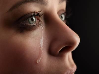 ہلکا پھلکا رونے سے موڈ خوشگوار، دماغ کی کیمسٹری تبدیل