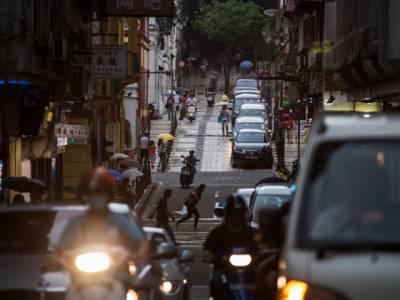 چین میں اگر گاڑی کی کسی پیدل چلتے شخص سے ٹکر ہو جائے تو اکثر ڈرائیور کی کوشش ہوتی ہے راہگیر کو زخمی چھوڑنے کی بجائے مار ڈالے، ایسا کیوں؟ ناقابل یقین وجہ جانئے