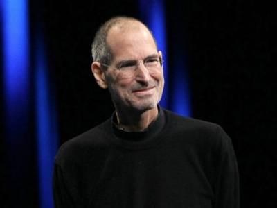 ایپل کے بانی سٹیو جابز کو پہلی نوکری پر چند دن بعد ہی نائٹ شفٹ پر منتقل کردیا گیا، اس کی وجہ کیا تھی؟ جواب جان کر آپ کی حیرت کی انتہا نہ رہے گی