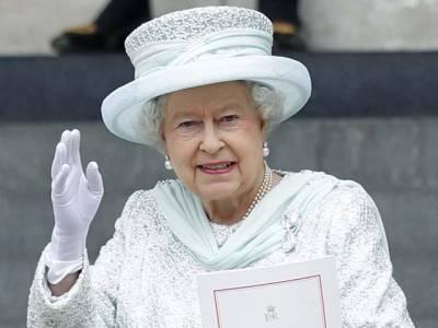 ملکہ الزبتھ نے ملکہ وکٹویار کو بھی مات دیدی، برطانیہ کی طویل حکمرانی کا ریکارڈ اپنے نام کرلیا