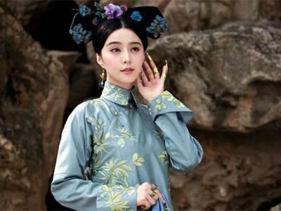 چینی خاتون نے شہزادی بن کر لوگوں سے لاکھوں روپے لوٹ لئے، ایسی کیا بات کہتی تھی کہ لوگ پیسے دینے پر مجبور ہوجاتے تھے؟ انتہائی دلچسپ کہانی