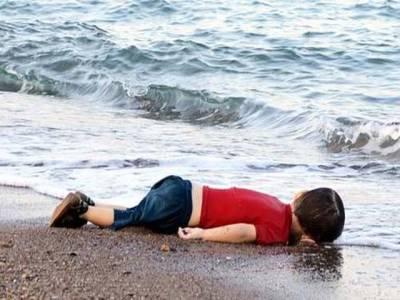 ترکی میں شامی پناہ گزینوں کی کشتی اُلٹ گئی ،پانچ بچوں سمیت 17افراد ہلاک