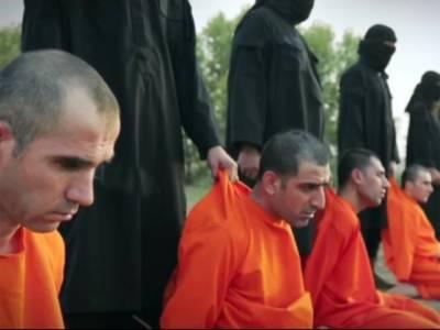 داعش نے کر دفوجیوں کو انتہائی دردناک طریقے سے قتل کرنے کی ویڈیو جاری کر دی