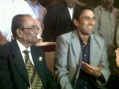 پی سی بی حنیف محمد اکیڈمی کے ساتھ تعان کرے،خواہش ہے کہ ان کی طرح بیٹنگ کروں، یونس خان