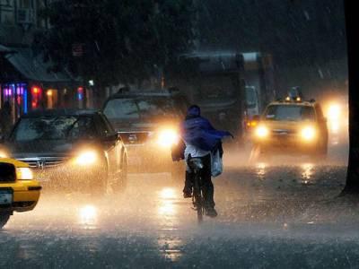 تیز بارشیں،امریکہ چین اور فرانس میں نظام زندگی درہم برہم