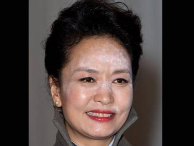 چینی خاتون اول کا میک اپ روشنیوں کی تاب نہ لا سکا