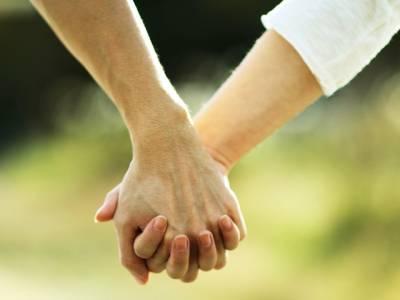 کیا لڑکے اور لڑکیاں آپس میں صرف دوست ہوسکتے ہیں؟ سائنس نے بھی جواب دے دیا