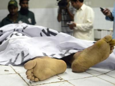 کراچی سپر ہائی وے پر ایدھی ویلج کے قریب سے چار لاشیں برآمد،گولیاں ماری گئیں ہیں،پولیس