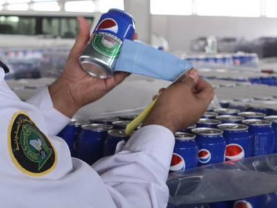 شراب کے 50 ہزار کین سمگل کرکے سعودی عرب لیجانے کی کوشش، کہاں چھپائے گئے تھے؟ جان کر آپ ہنسنے پر مجبور ہوجائیں گے