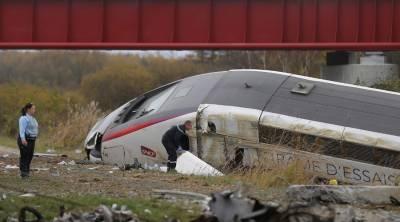 فرانس کو ایک اور صدمہ، ٹرین پٹری سے اتر گئی،5ہلاک، متعدد زخمی