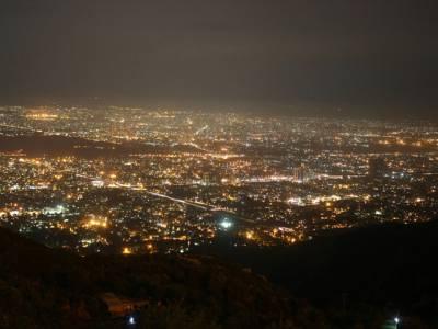 اسلام آباد میں بلدیاتی انتخابات ،کچی بستی کی شمعیں روشن
