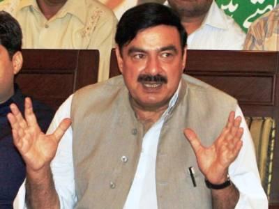 شیخ رشید نے وزیر اعظم اور وزیر داخلہ کو چیئر مین پی سی بی کے دورہ بھارت سے متعلق بیان پر نوٹس لینے کا مطالبہ کر دیا