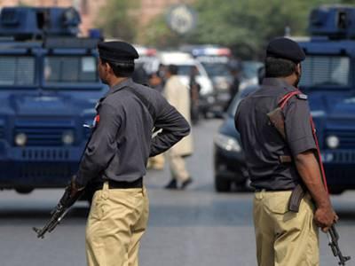 """""""کھانا ہوٹلوں میں نہ کھائیں"""" کراچی پولیس افسروں کو ہدایت"""