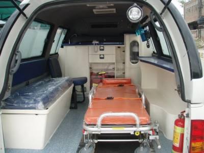 بلدیاتی انتخابات کیلئے گاڑیوں کی پکڑ دھکڑ، ضلعی انتظامیہ نے 2 ایمبولینسز کو بھی قبضے میں لے لیا