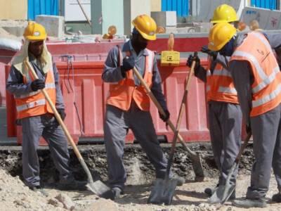 عرب ملک میں غیر ملکی مزدوروں کو سب سے بڑی خوشخبری مل گئی، معاہدہ ہوگیا