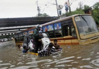 تامل ناڈو اور آندھرا پردیش میں بارشوں نے تباہی مچا دی ،3OOافراد ہلاک سینکڑوں زخمی
