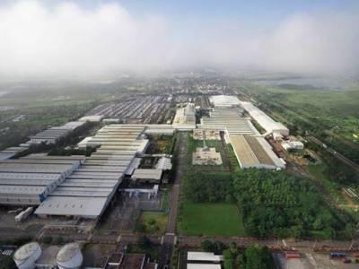 دنیا کا وہ علاقہ جہاں کروڑ پتی لوگ فیکٹریوں میں چند ہزار کی مزدوری کرتے ہیں، وجہ بھی انتہائی ناقابل یقین