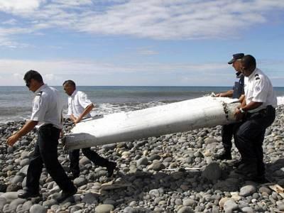 گم ہوجانے والا ملائیشین طیارہ تباہ کیسے ہوا؟ بالآخر تہلکہ خیز حقیقت سامنے آگئی، ہوائی جہاز پر سفر کرنیوالوں کو پریشان کردیا