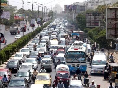 شہدائے اے پی ایس کو خراج تحسین، لاہور کے ٹریفک سگنل ایک منٹ کیلئے بند