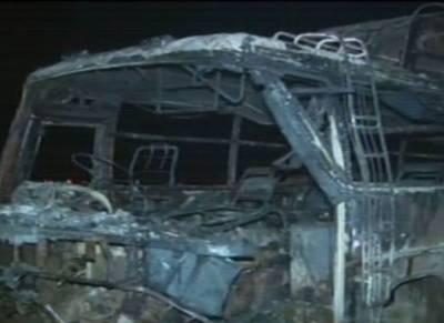 کرک :انڈس ہائی وے پر باراتیوں سے بھری بس میں سلنڈر دھماکہ ،14افراد جاں بحق ، متعدد زخمی