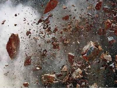 کراچی :رینجرز ہیڈ کوارٹرز کے قریب گٹر میں گیس بھرنے سے زوردار دھماکہ، دو اہلکار وں سمیت چار افراد زخمی