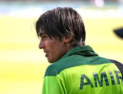 پانچ سال بعد واپسی ،محمد عامر نے نیوزی لینڈ کیخلاف ایک وکٹ حاصل کی ، دو کیچ ڈراپ ، ساتھی کھلاڑیوں نے بھرپور حوصلہ افزائی کی