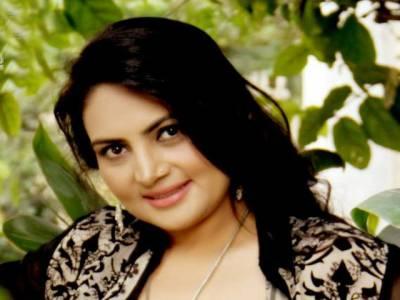 اداکارہ عینی طاہرہ کانئی فلم میں پہلی مرتبہ ڈبل رول کرنے کافیصلہ
