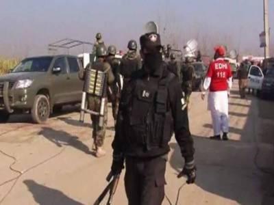 باچا خان یونیورسٹی پر حملے کے سہولت کار شبقدر سے گرفتار، نوستہ نوشہرہ سے بھی 8 مشکوک افراد زیر حراست