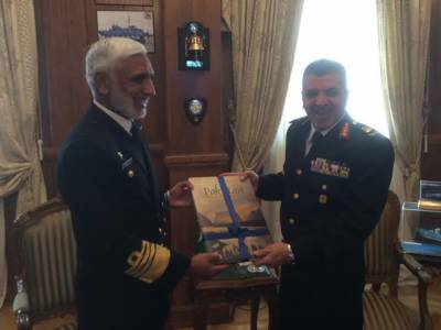 ایڈمرل محمد ذکا ءاللہ کی مصرکی نیوی کے کمانڈراِن چیف سے ملاقات ، بحری افواج کے دوطرفہ تعاون پر تبادلہ خیال