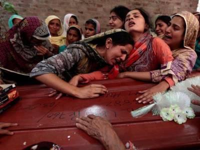 لاہو:تیز رفتار گاڑی نے چار بچے کچل ڈالے، دو جاں بحق ، دو شدید زخمی