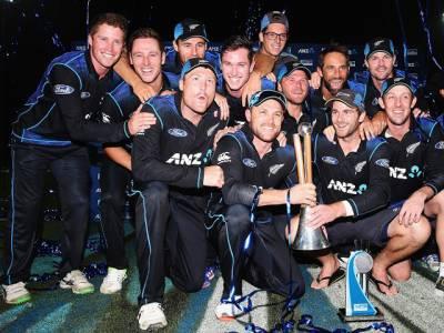 مکلم کو شاندار الوداعی تحفہ:نیوزی لینڈ نے آسٹریلیا کو تیسرے ون ڈے میں شکست دے کر سیریز جیت لی