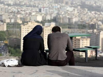 ایران میں پریمی جوڑوں کی 'حفاظت' کیلئے موبائل ایپ متعارف، چند گھنٹے میں ہی ملک بھر میں تہلکہ برپا کردیا، حکومت کو حرکت میں آنا پڑگیا